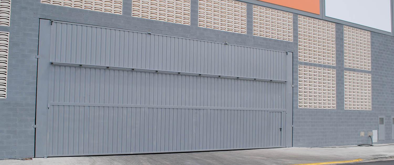 puerta industrial leroy merlin